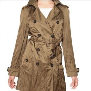 Burberry Trench coat Wrinkles